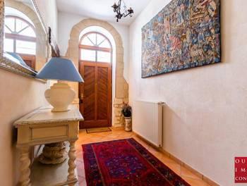 Maison 10 pièces 374 m2