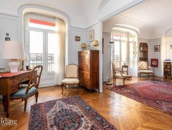 Appartement 7 pièces 184 m2