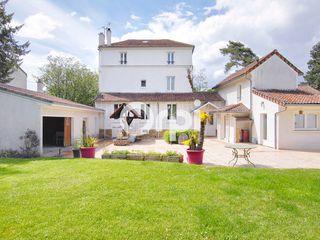 Maison Pomponne (77400)
