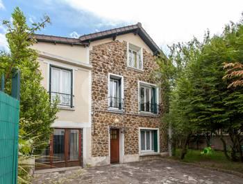Maison 10 pièces 174 m2