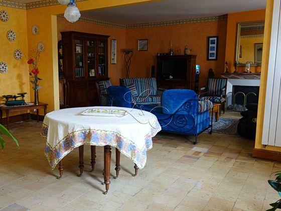 Vente propriété 7 pièces 170 m2