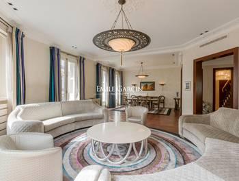 Appartement 7 pièces 342,88 m2