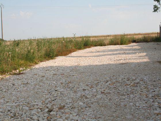 Vente terrain 1400 m2 à Beaune