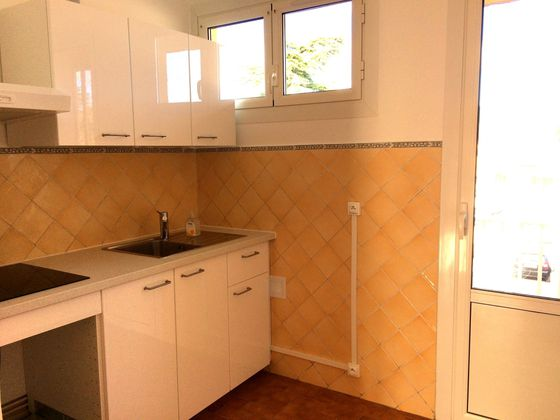 Location appartement 4 pièces 63,77 m2
