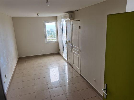 Location studio 25,44 m2