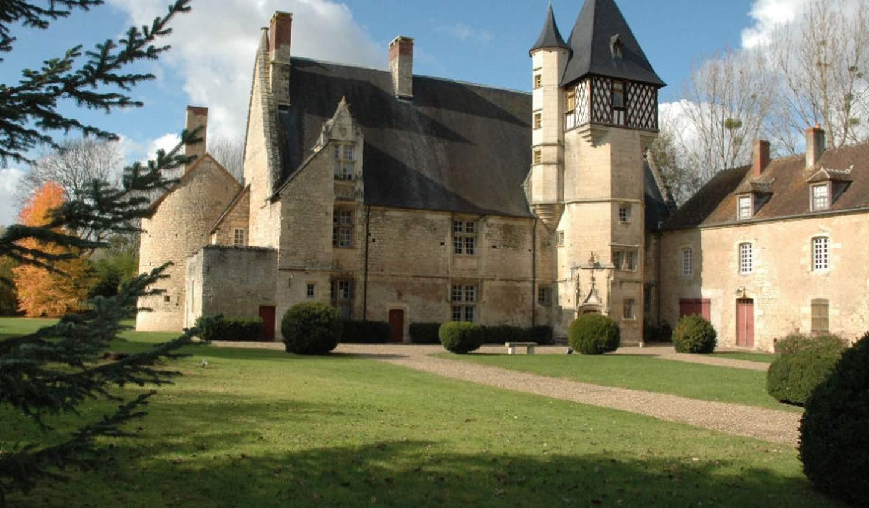 Castle Guérigny