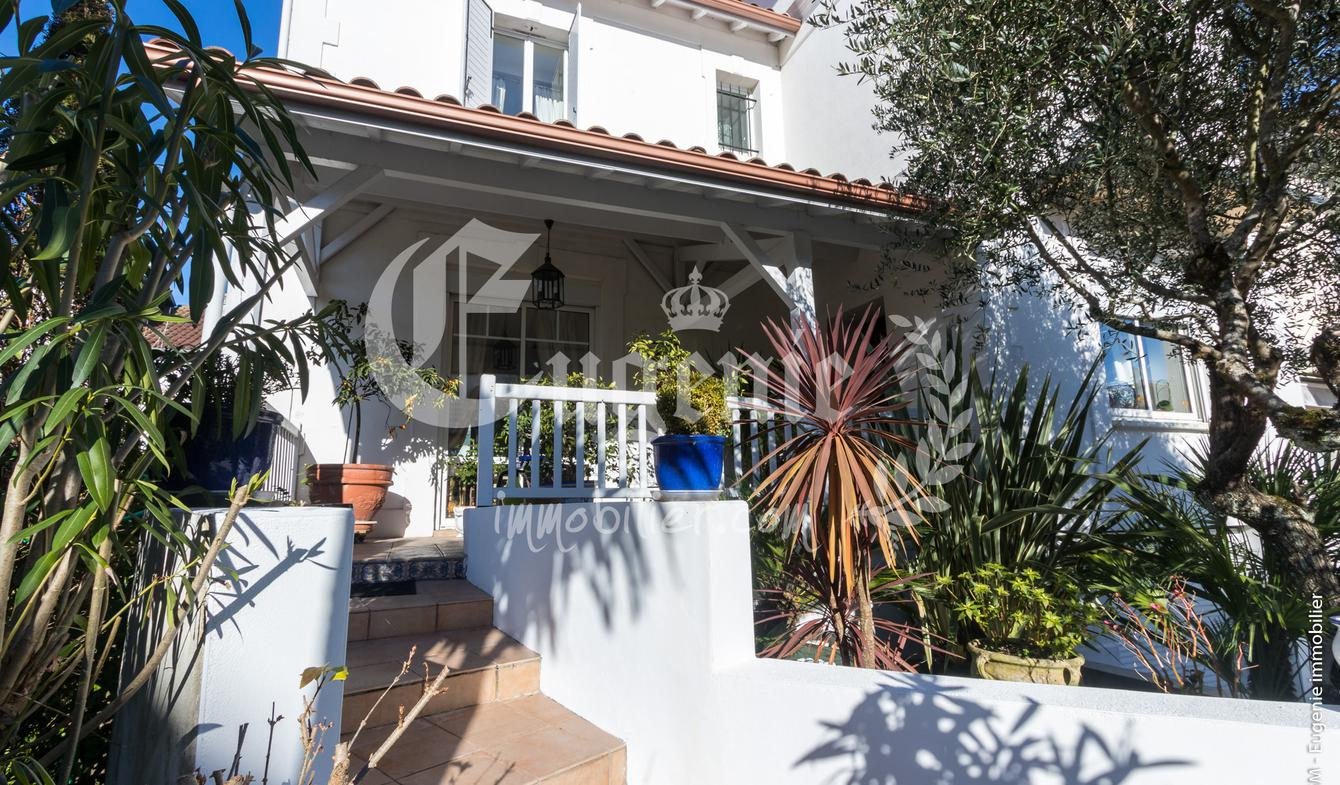 Villa with garden and terrace Dax