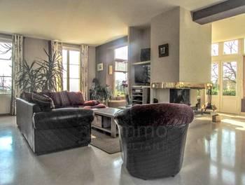 Maison 10 pièces 265 m2