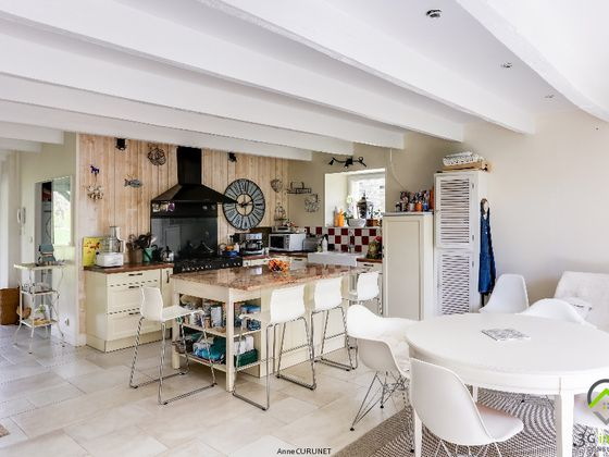 Vente maison 10 pièces 340 m2