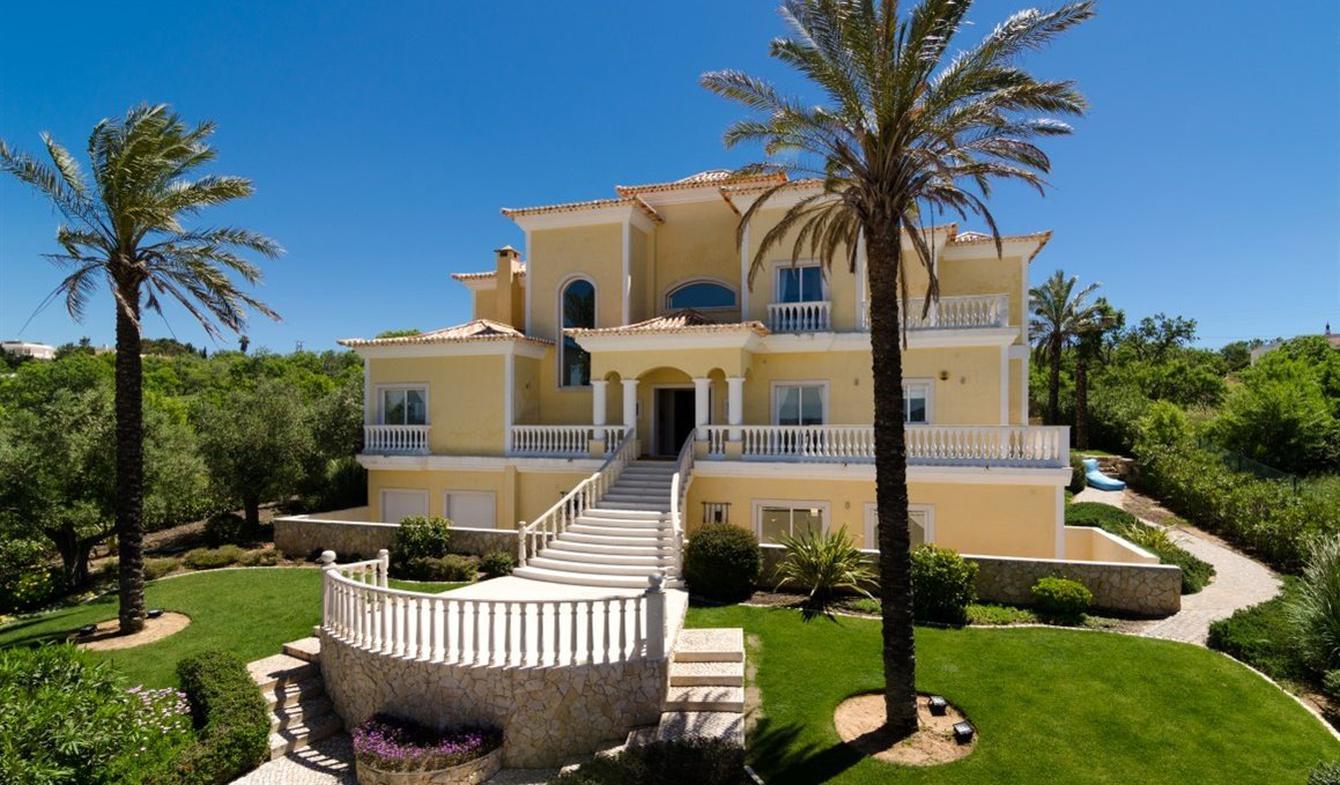 House with pool and terrace Praia da Luz