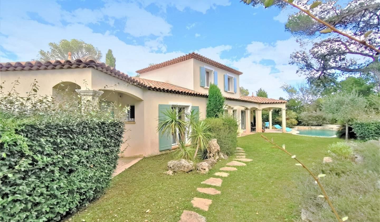 Villa avec piscine et terrasse Saint aygulf