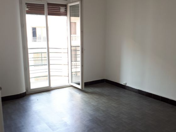 Location studio 35 m2