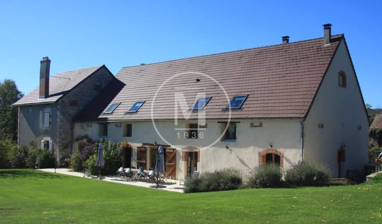 Maison avec piscine Ebreuil
