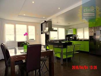 Maison 10 pièces 136 m2