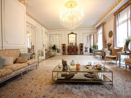 Vente appartement 6 pièces 245 m2