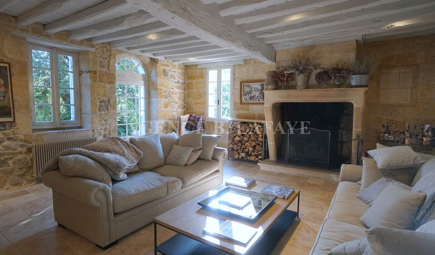 Property with garden Bordeaux