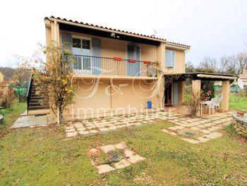 villa à Saignon (84)