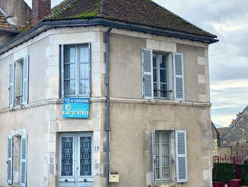 maison à Courson-les-Carrières (89)