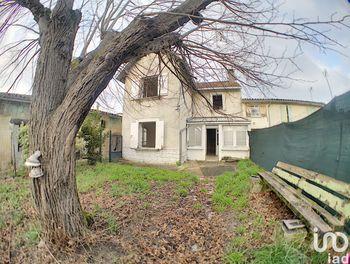 maison à Saint-Médard-de-Guizières (33)