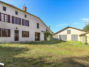 maison à Arsague (40)