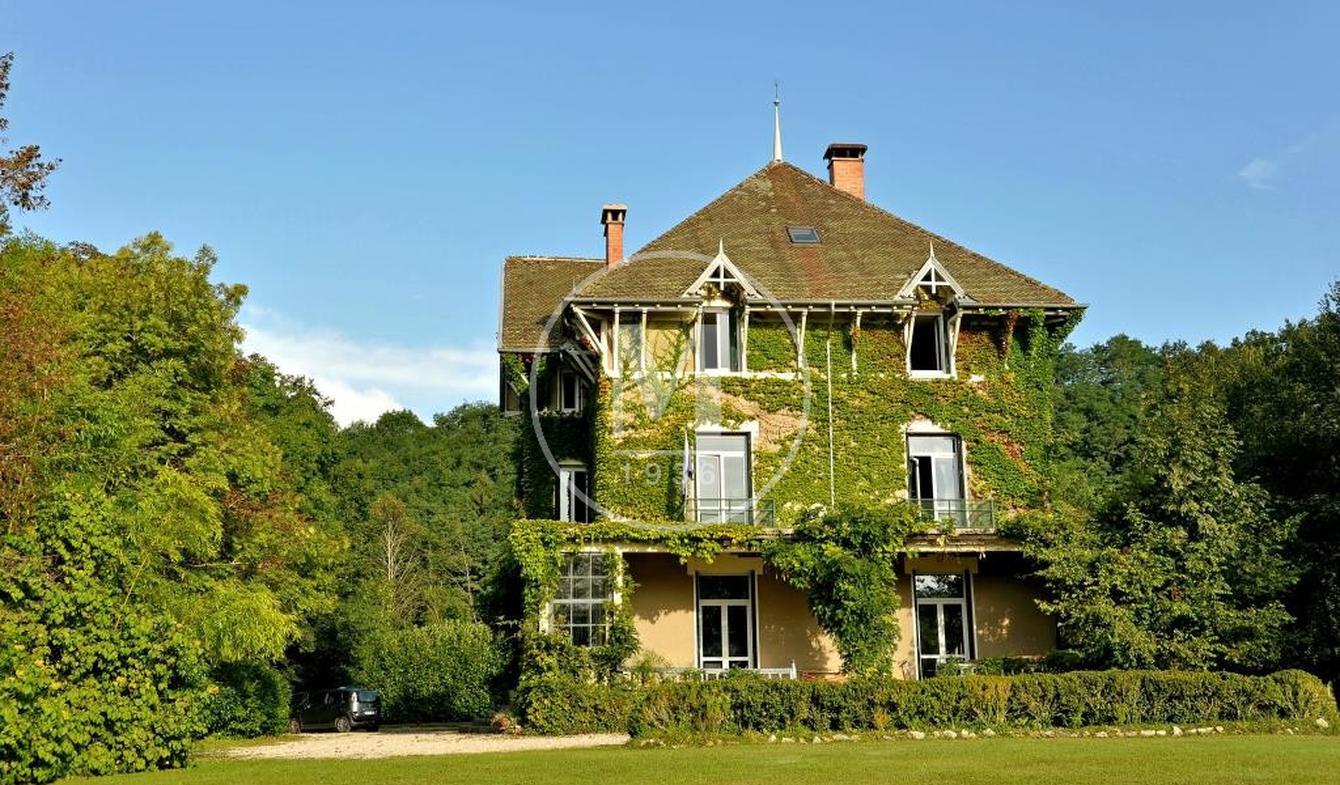 Maison avec piscine et terrasse Pont-d'Ain