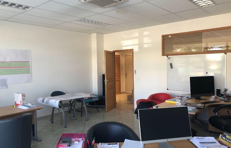 Vente locaux professionnels  91.95 m² à Mouans-Sartoux (06370), 313 000 €