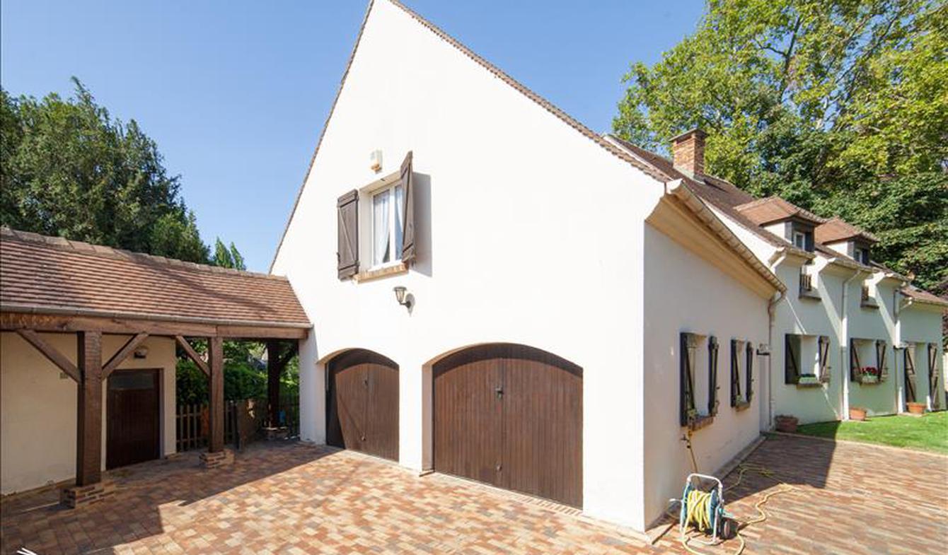 Maison Montmorency