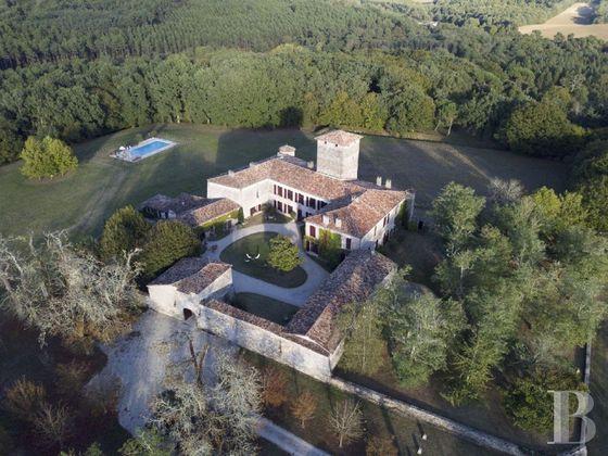 Vente château 20 pièces 1300 m2