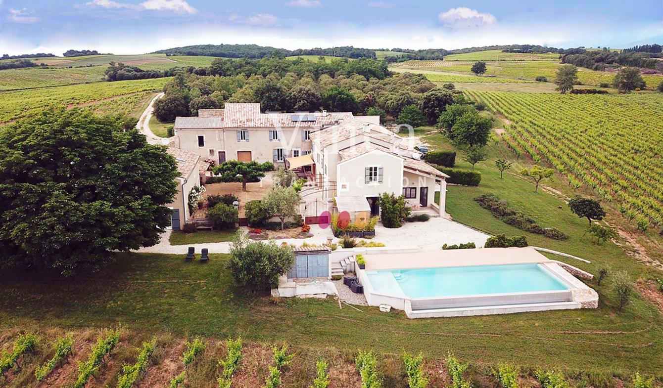 Vignoble avec piscine et dépendances Drôme