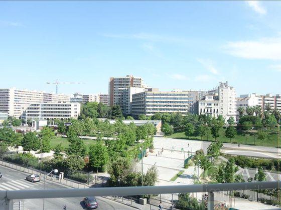 location Appartement 3 pièces 65,49 m2 Marseille 8ème
