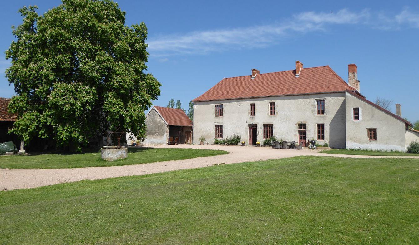 Farm house Saint-Sylvestre-Pragoulin