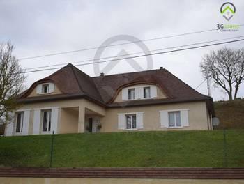 Villa 7 pièces 235 m2