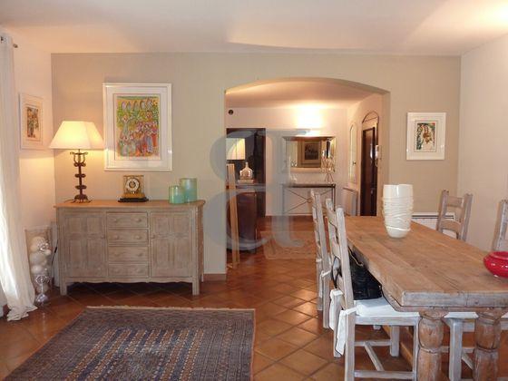 Vente villa 5 pièces 168 m2