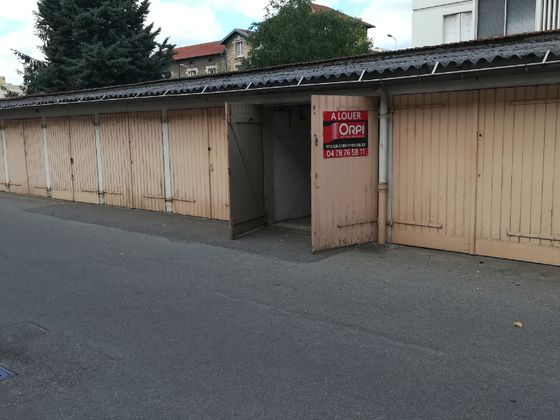 Location parking 14 m2