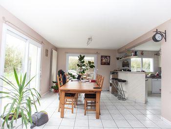 maison à Saint-Vougay (29)