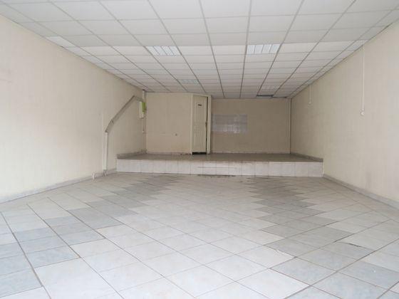 Location divers 1 pièce 63 m2