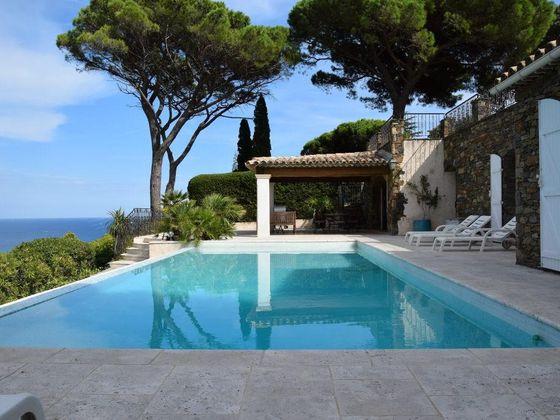 Vente villa 7 pièces 245 m2