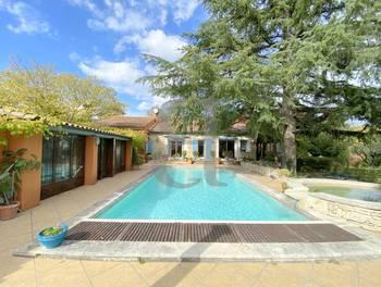 Villa 5 pièces 205 m2