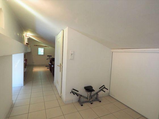 Vente villa 7 pièces 240 m2