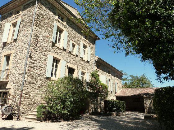 Vente maison 20 pièces 580 m2