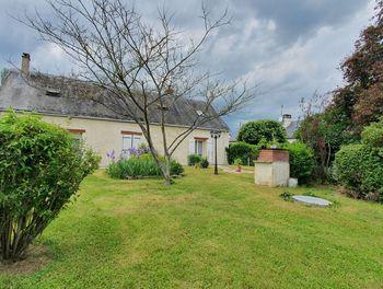 maison à Saint-Denis-les-Ponts (28)