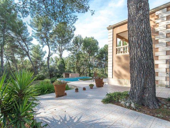 vente Villa 8 pièces 257 m2 Aubagne