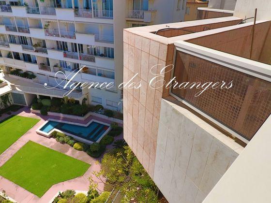 Vente appartement 6 pièces 745 m2