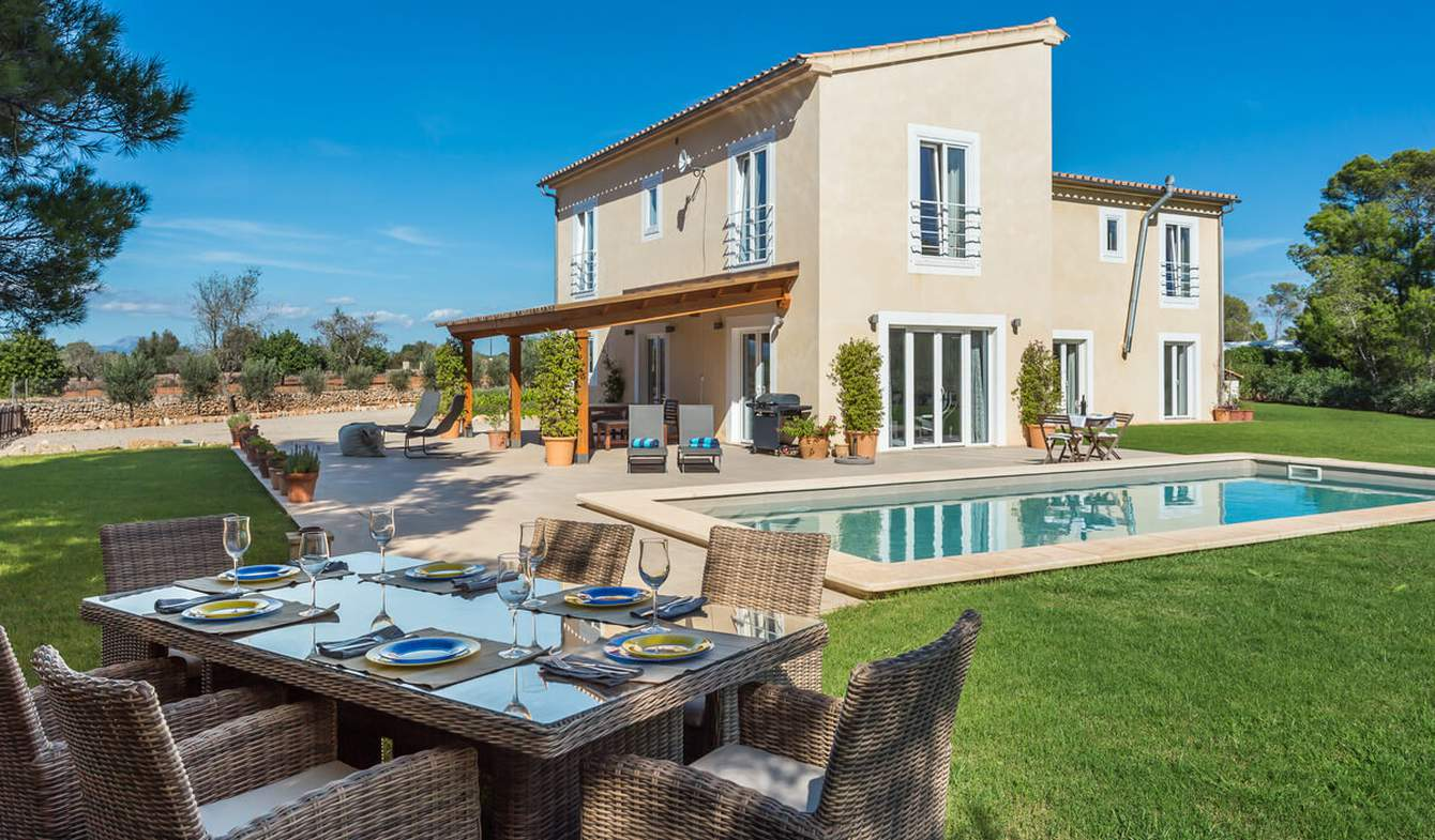 Maison avec piscine et jardin Algaida