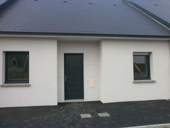 Location maison 3 pièces 77 m2