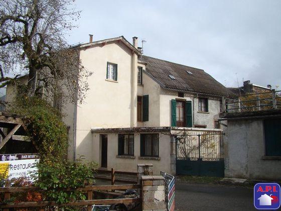 Vente maison 13 pièces 242 m2