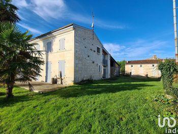 maison à Plassay (17)