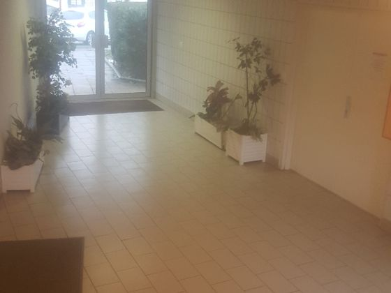 Location divers 4 pièces 200 m2