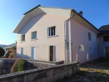 Maison 10 pièces 208 m2