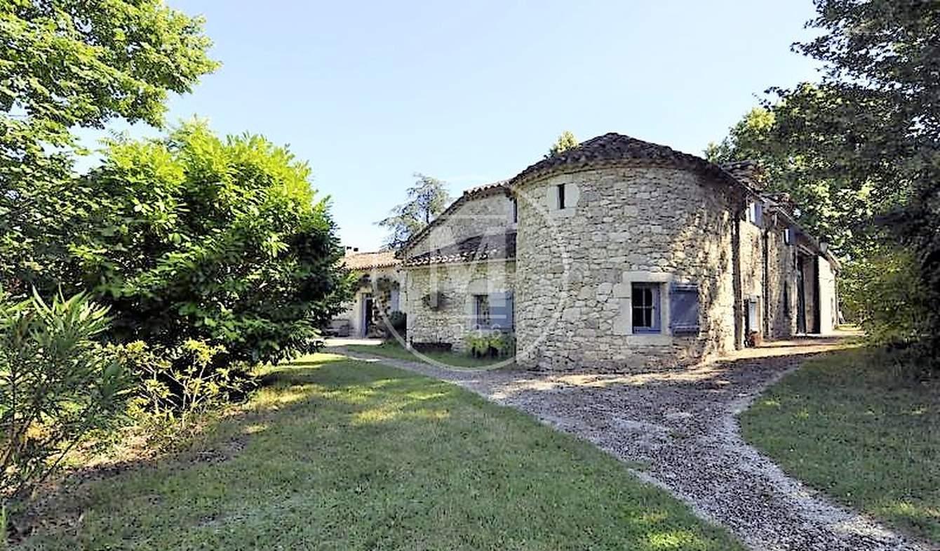 Maison avec piscine Lauzerte